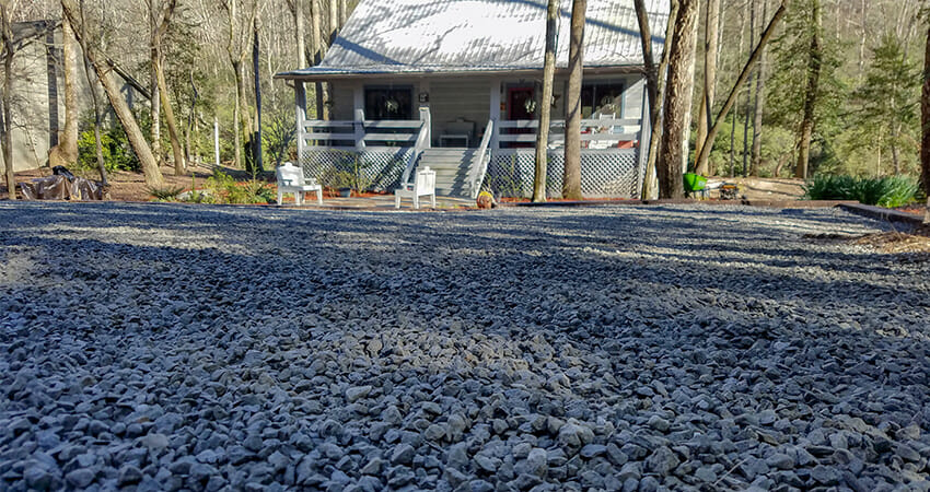 Bardin Outdoors Gravel Driveway