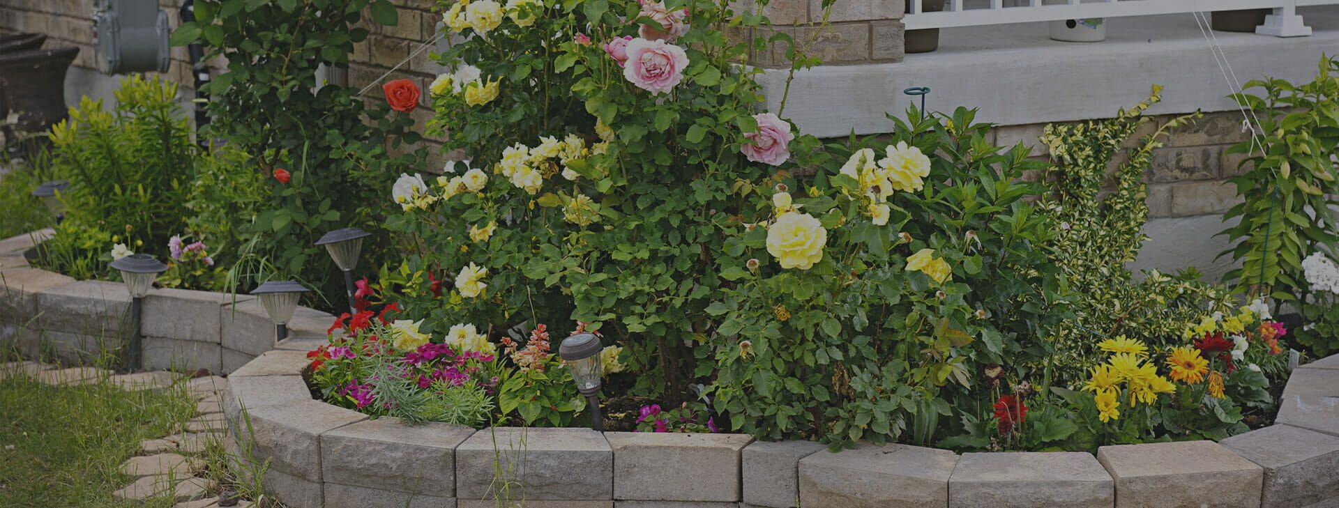 Bardin Outdoors Flower Bed and Retaining Wall